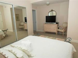 Oceania 403, Apartments  Destin - big - 14