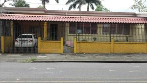 Hostel Vicky, Penziony  Turrialba - big - 5