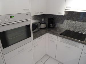 Apartment Surselva Park, Apartmanok  Flims - big - 16