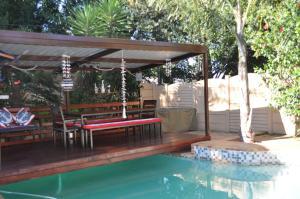 African Rose Guesthouse, Penzióny  Kempton Park - big - 1
