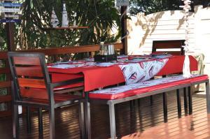 African Rose Guesthouse, Penzióny  Kempton Park - big - 19