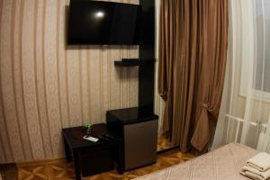 Hotel Day and Night on Profsoyuznoy
