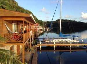 Sail Inn of Roatan