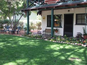 Kern Riverfront Lodge