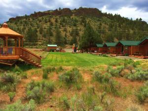 Cabins at Crooked River Ranch, Motels  Crooked River Ranch - big - 37