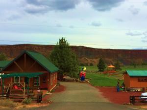 Cabins at Crooked River Ranch, Motels  Crooked River Ranch - big - 35