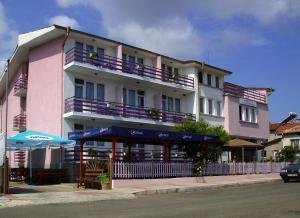 Hotel Strajica