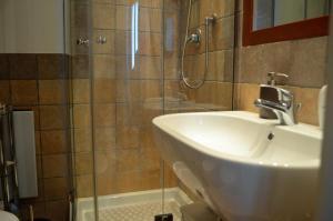 Casa Fontella, Apartments  Rivisondoli - big - 27
