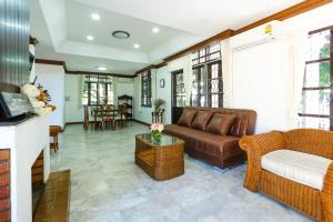 Villa De Nimman, Nyaralók  Csiangmaj - big - 2