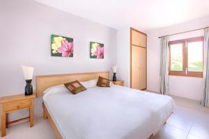 Apartamentos Colomar, Apartmány  Playa de Es Figueral - big - 12