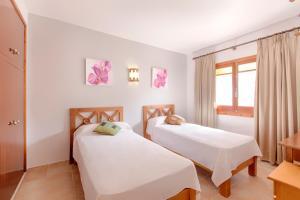 Apartamentos Colomar, Apartmány  Playa de Es Figueral - big - 5