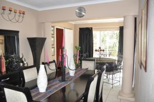 African Rose Guesthouse, Guest houses  Kempton Park - big - 8