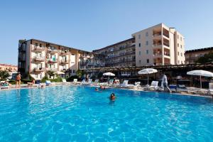 Larissa Garden Hotel