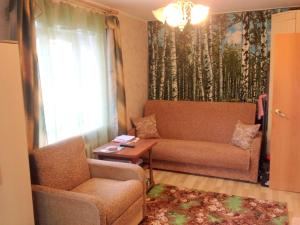 Apartment on Dekabristov 79a