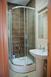 Apartman Lana, Apartments  Podgorica - big - 4
