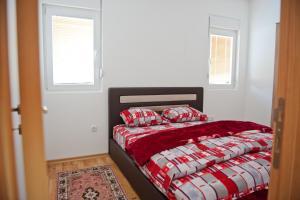 Apartman Lana, Apartments  Podgorica - big - 3