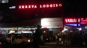 Shreya Lodgiing