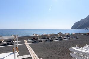 RK Beach Hotel(Kamari)