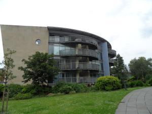 Mowbray Apartment