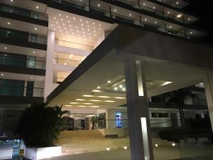 Edificio Seaway 935 ( Hotel Sonesta)
