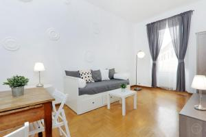 Cosimato Square Apartment