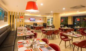 Red Fox Hotel, Trichy, Отели  Тируччираппалли - big - 28