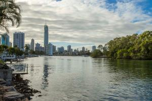 Surfers Paradise Sojourn - Surfers Paradise, Queensland, Australia