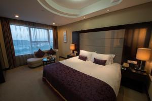 Lanbo Hotel Apartment (Ningbo Tianyiyinyi Branch)