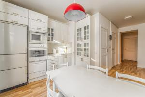 Romantic Apartment on 1-ya Tverskaya-Yamskaya 26