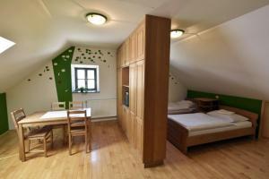 Apartments Kozjanski park