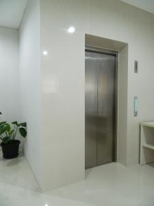 Mk House Scbd, Vendégházak  Jakarta - big - 4