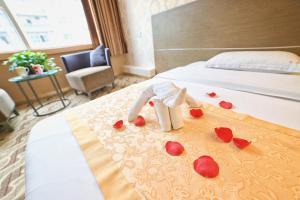 Ruihong Lanting Hotel