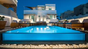 Evgenia Villas & Suites(Fira)