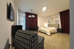 Angioino Rooms