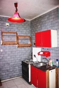 Cozy apartment on Pereiaslavska Street 18