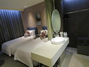 AT Boutique Hotel, Hotel  Taipei - big - 57