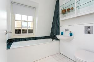Veeve-Campden Mews House-Notting Hill