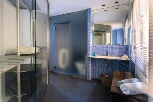 Blue Loft, Apartments  Madrid - big - 7