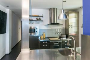 Blue Loft, Apartments  Madrid - big - 4
