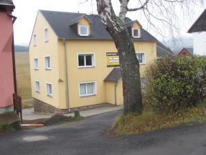 Ski Club Apartments