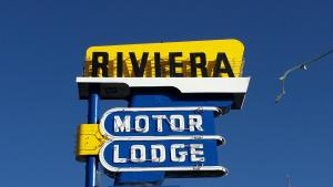 Riviera Motor Lodge