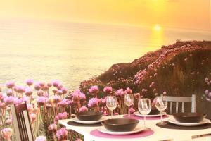 Nesha Sea Flowers