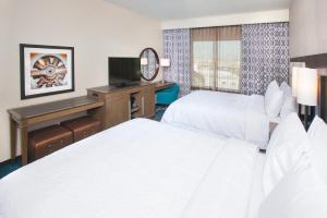 Hampton Inn & Suites LAX El Segundo, Отели  Эль-Сегундо - big - 1