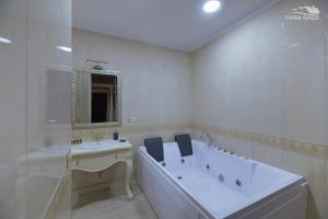 Casa Gaçe Hotel, Hotel  Korçë - big - 92