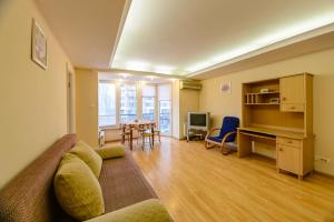 Киев - Kiev Accommodation Apartment on L. Ukrainky blvd.