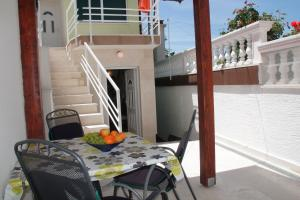 One-Bedroom Apartment in Crikvenica LXX