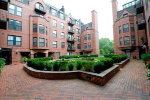 Bluebird Suites at Garrison Square, Apartments  Boston - big - 23