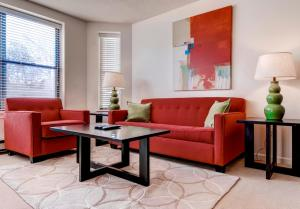 Bluebird Suites at Garrison Square, Apartments  Boston - big - 17