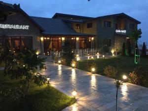 Casa Gaçe Hotel, Hotel  Korçë - big - 127