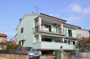 Two-Bedroom Apartment in Porec I